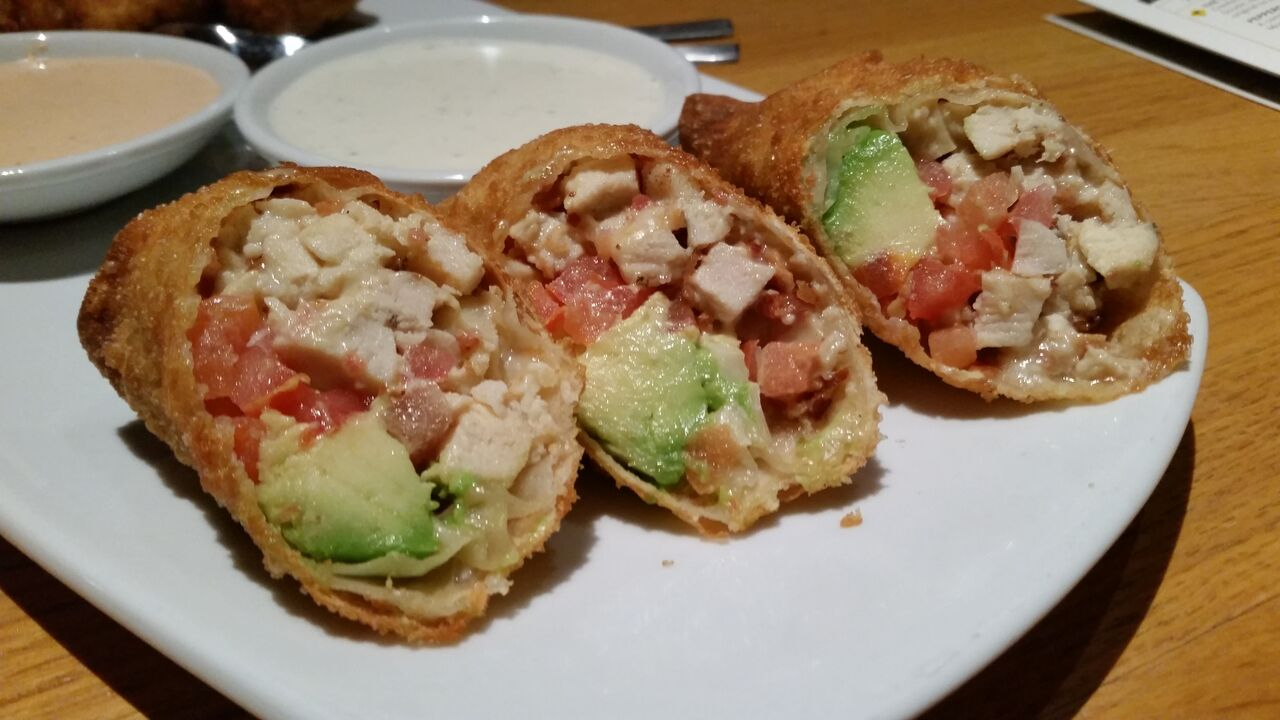 California Pizza Kitchen Happy Hour Time  Wow Blog