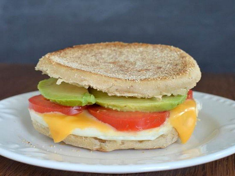 Tomato Avocado Egg Sandwich(1)