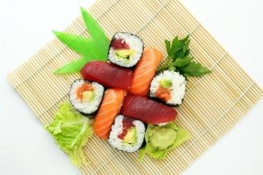 sushi-373588_1280