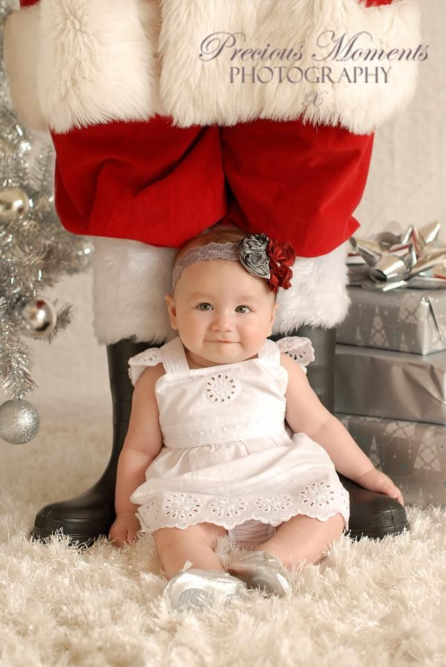 baby-with-santa-legs