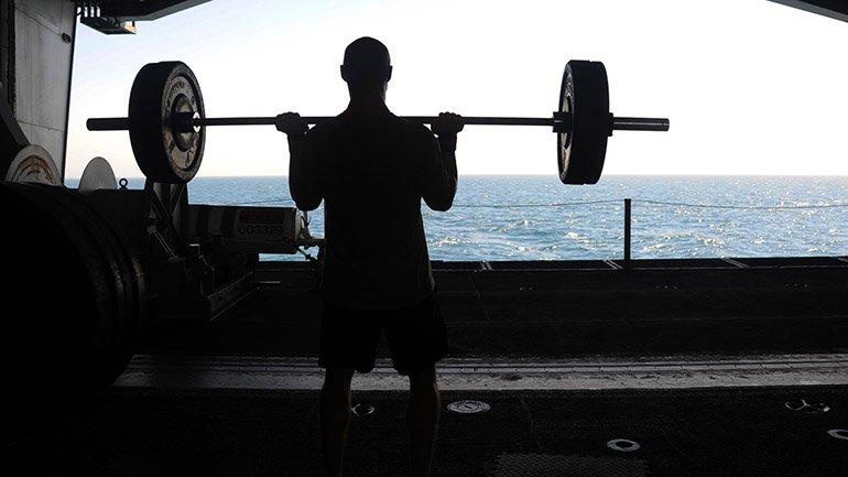 USS George H.W. Bush (CVN 77)_140616-N-MU440-033