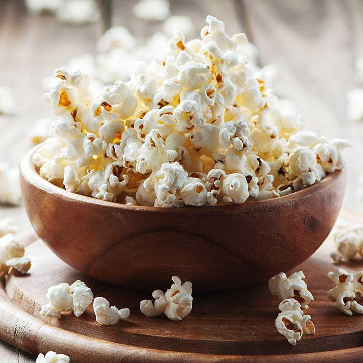 shutterstock_296395484-popcorn-oxana-denezhkina_0