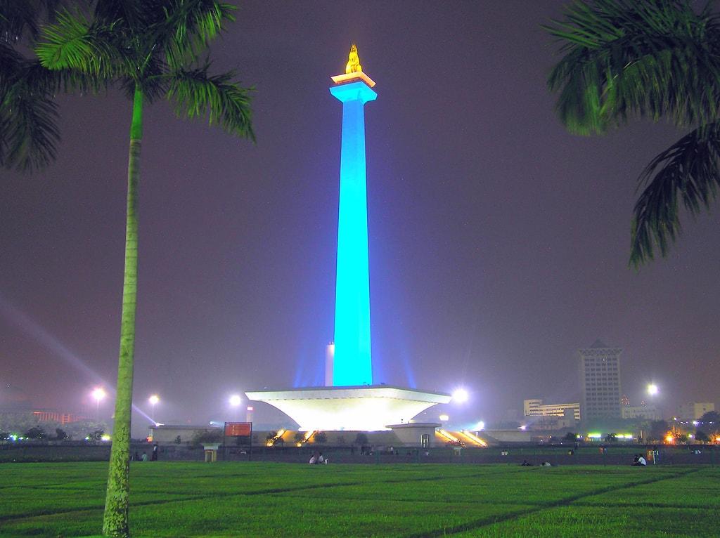 Monumen_nasional_jakarta-min