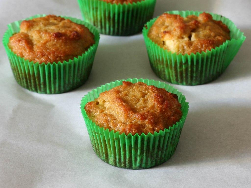 Táo Muffins 2