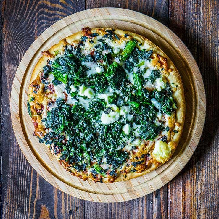 shutterstock_204618826-pizza-alena-haurylik