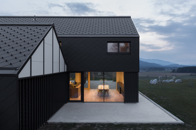 La villa unifamiliare secondo SoNo Arhitekti House M