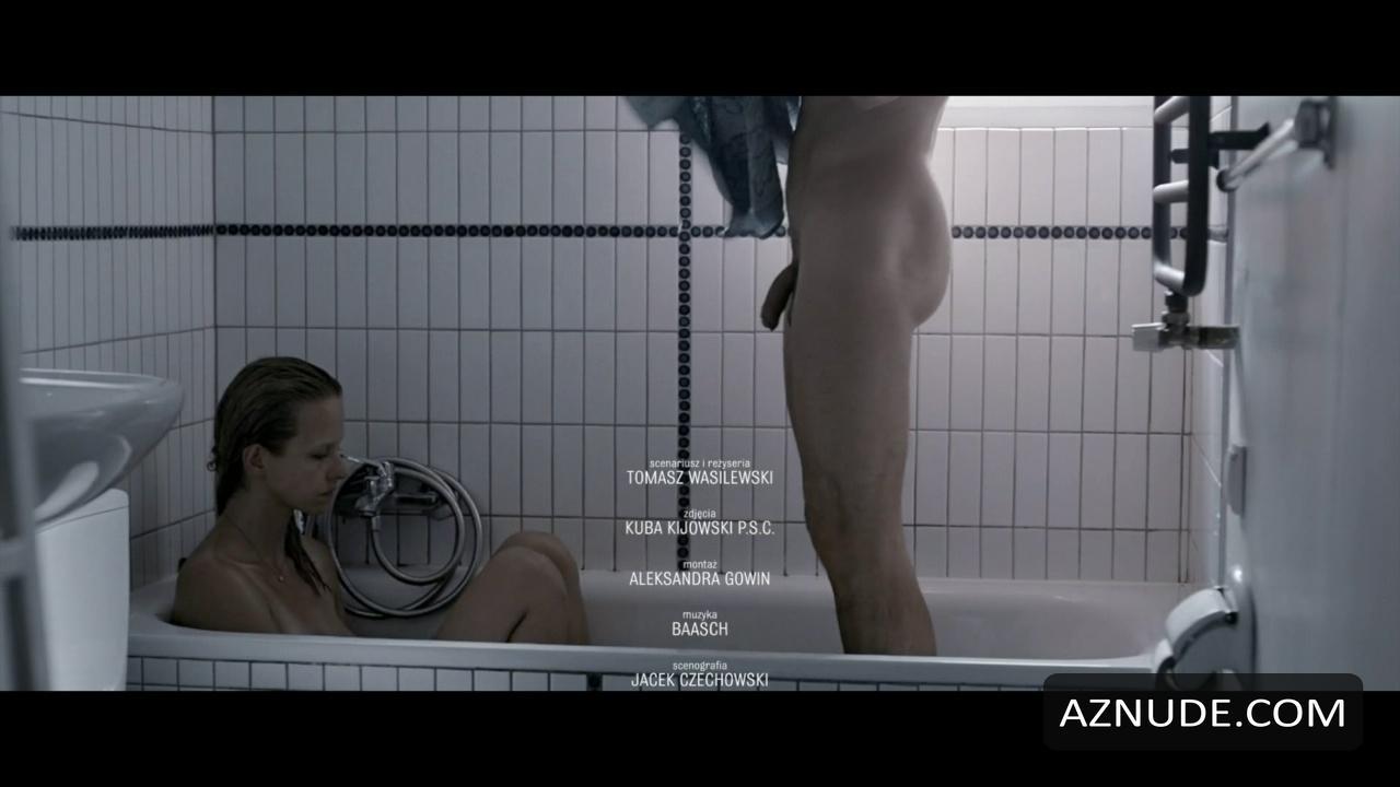 MATEUSZ BANASIUK Nude  AZNude Men