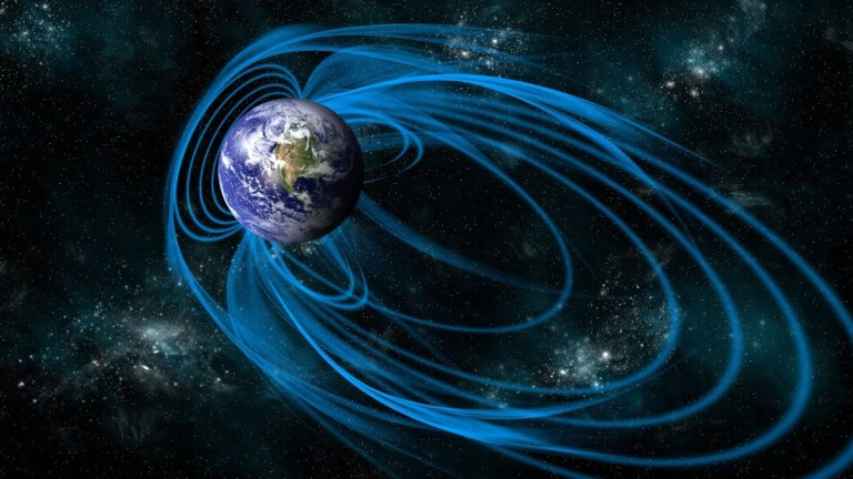 Earth's Magnetic North Pole Drifting