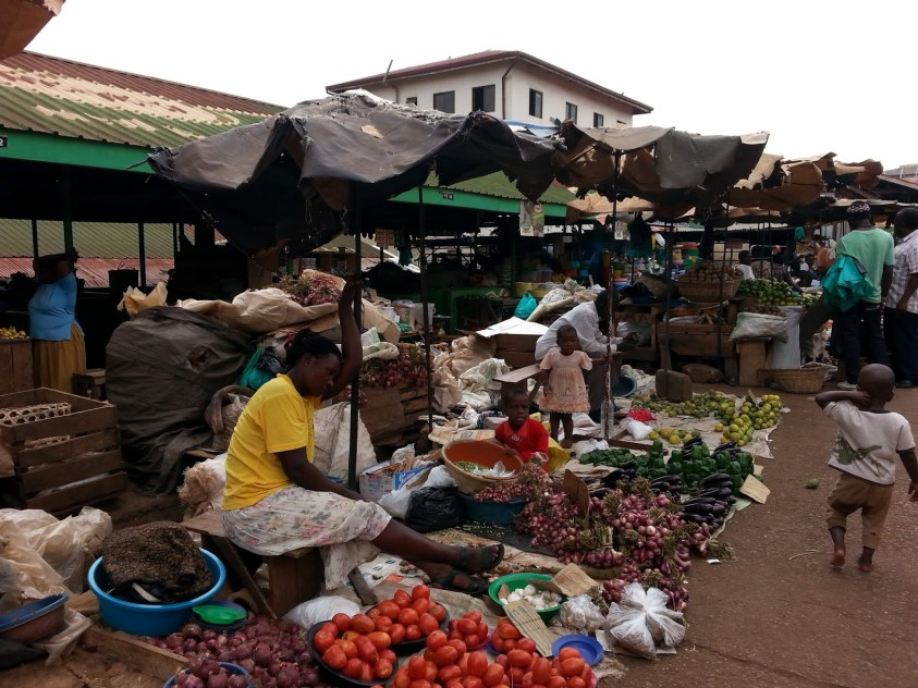 Nakasero Food Market - Free Walking Tour in Kampala Uganda | Ummi Goes Where?