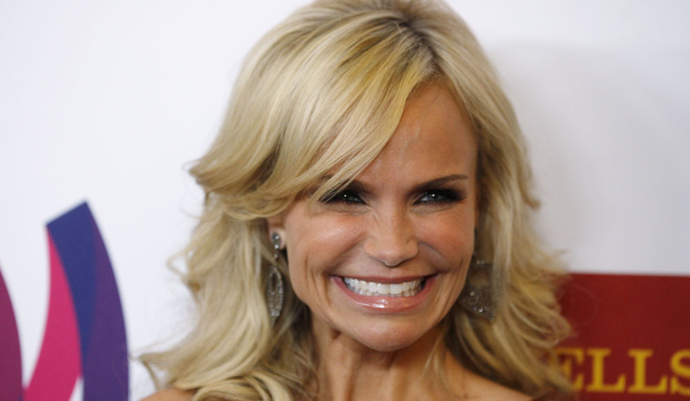 15 Amusing Facts Revealed About Kristin Chenoweth | Fan World