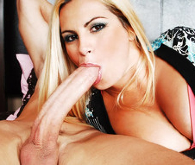 Friday Criss Strokes In My Friends Hot Mom