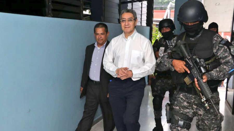 19 de marzo, audiencia preparatoria contra René Figueroa por enriquecimiento ilícito