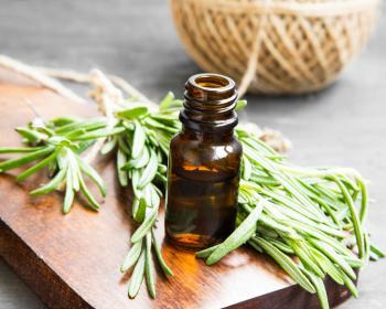 [rosemary essential oil]