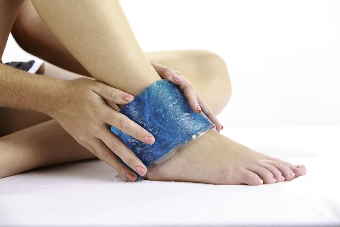 A cold compress applied within 48 hours of an injury can help reduce inflammation.