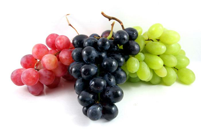 [Three bunches of grapes]