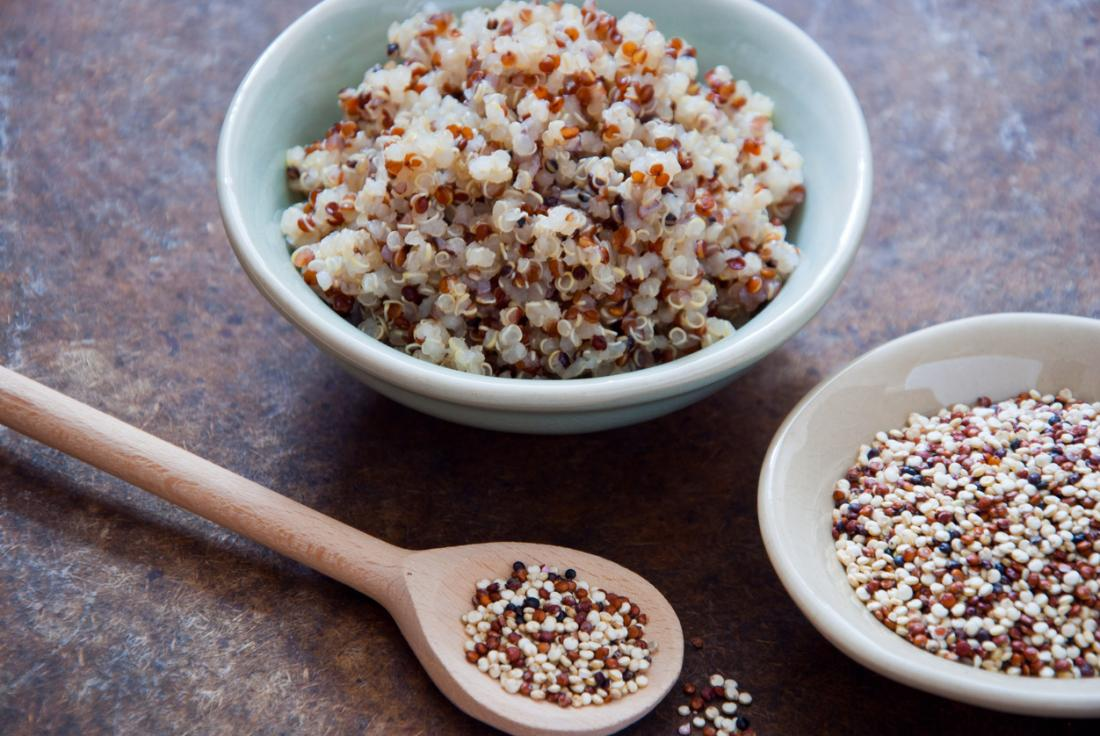 Quinoa, in dry and cooked forms.