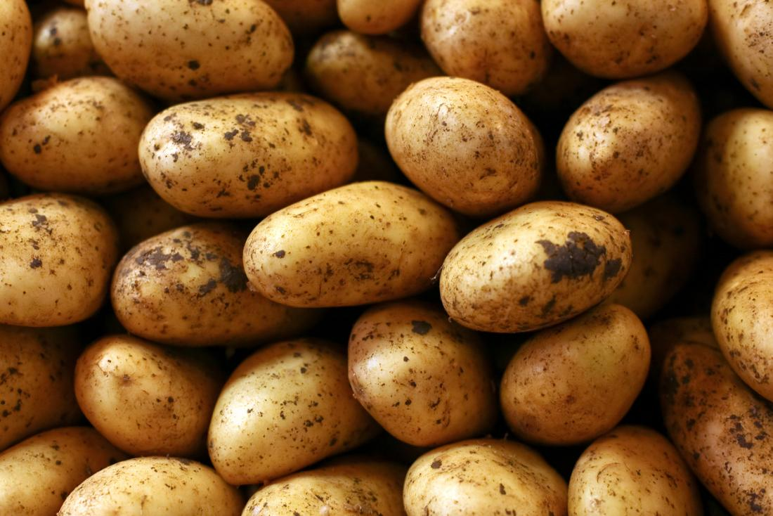 Potatoes Health Benefits Nutrients Recipe Tips And Risks