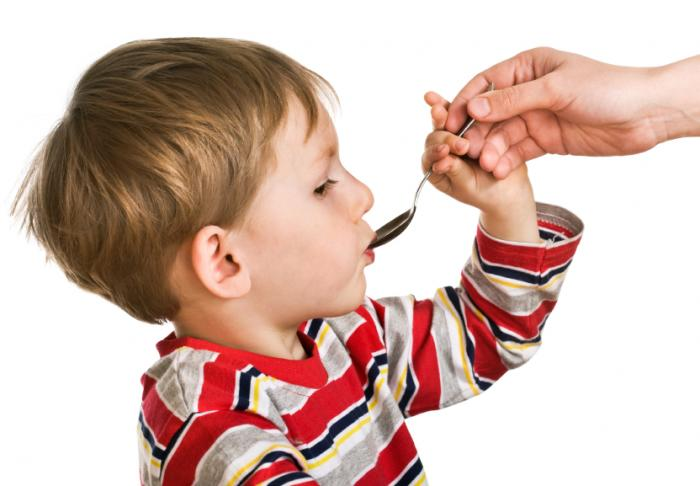 A child receiving medicine