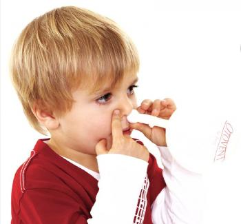 child using nasal balloon