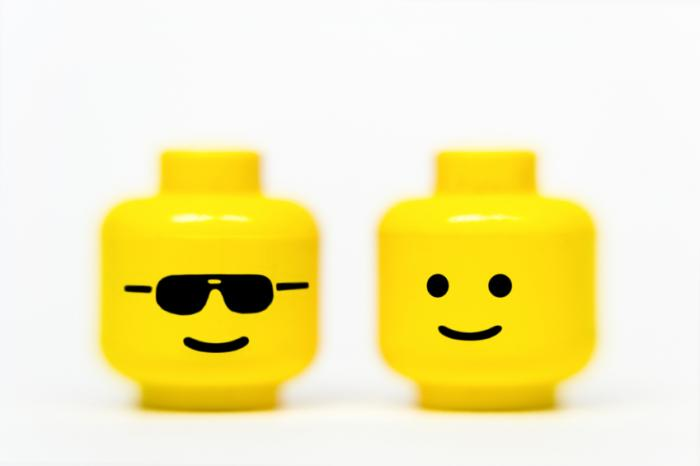 Two lego heads.