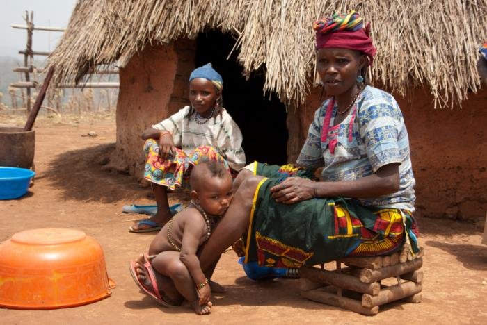 African children and mother