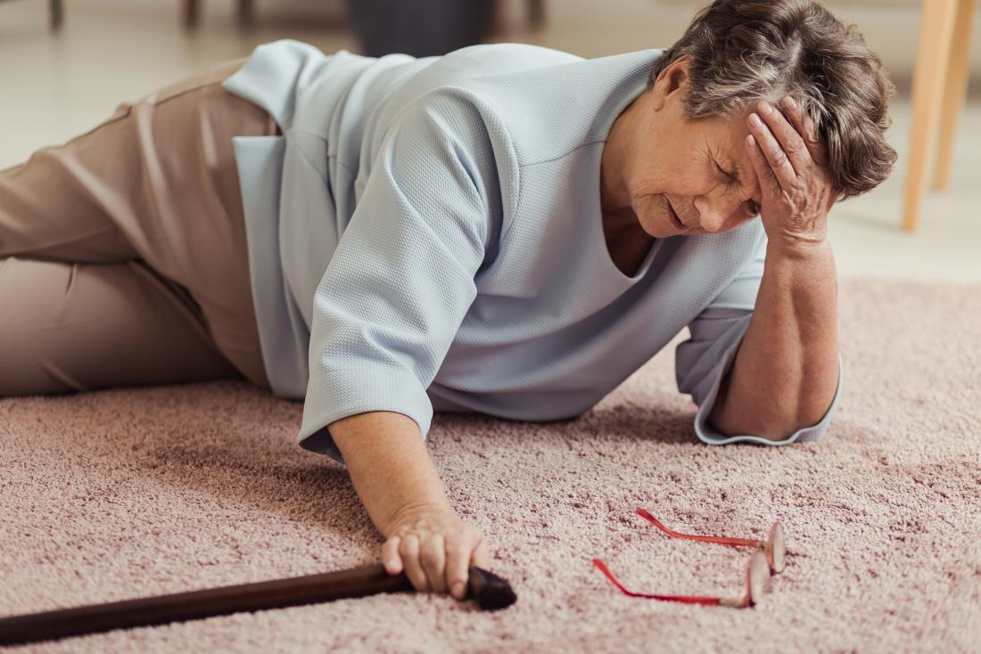 woman on floor with hypovolemic shock