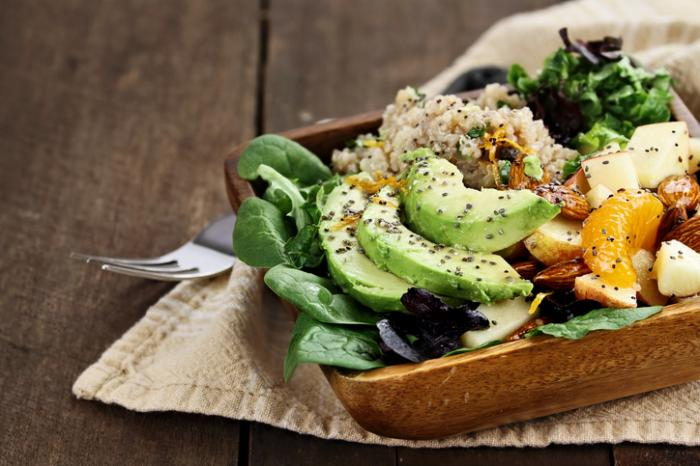 [Avocado and quinoa salad with chia seeds]