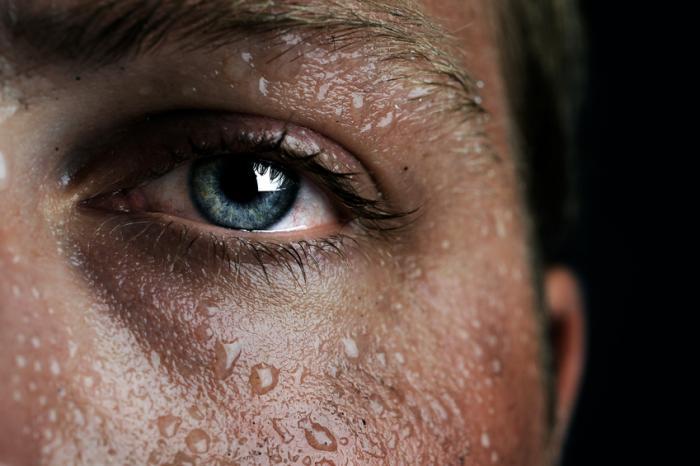 COMPÉTENCES SEXUELLES Les hommes et les femmes réagissent-ils différemment à la chaleur? L'étude étudie