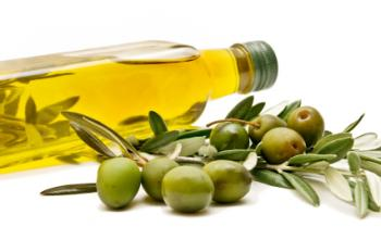 [olive oil and olives]