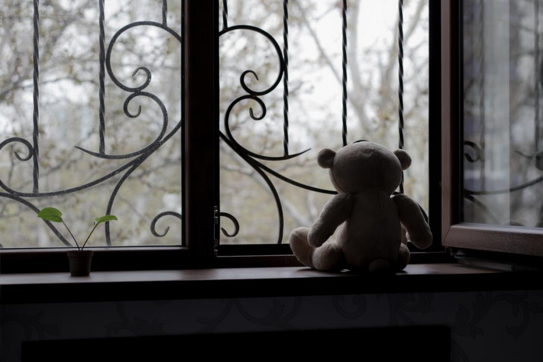 abandoned teddy bear
