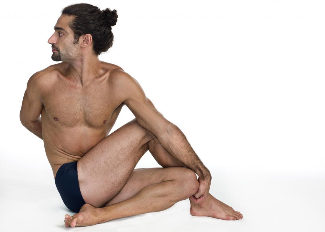 Yoga pour la dysfonction érectile.  Position d'Ardha Matsyendrasana
