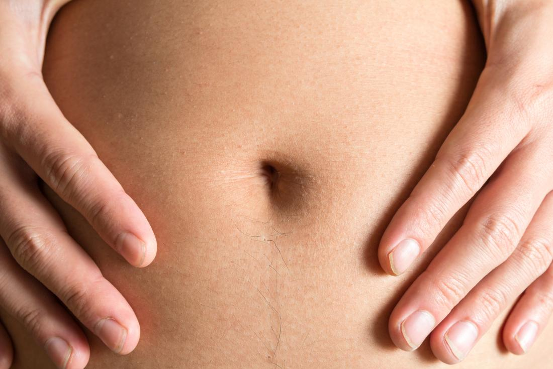 image of belly button. Why does my belly button smell