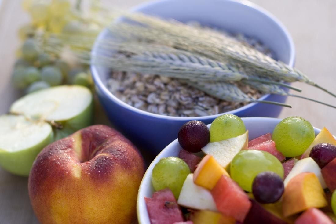 HIgh fiber foods including oats and fruits.