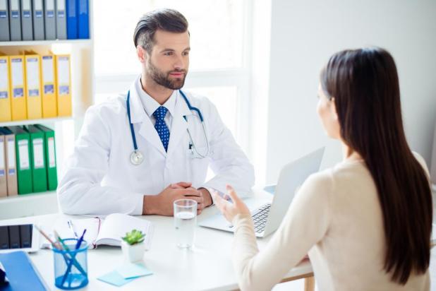 المرضى يتحدثون لها GP