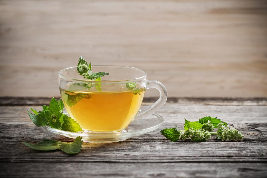 How to stop farting by drinking peppermint tea