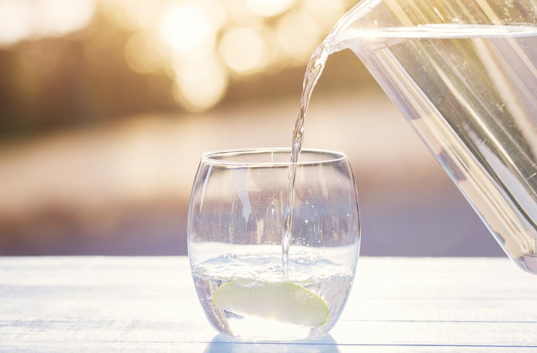 Will drinking lots of water help lose belly fat