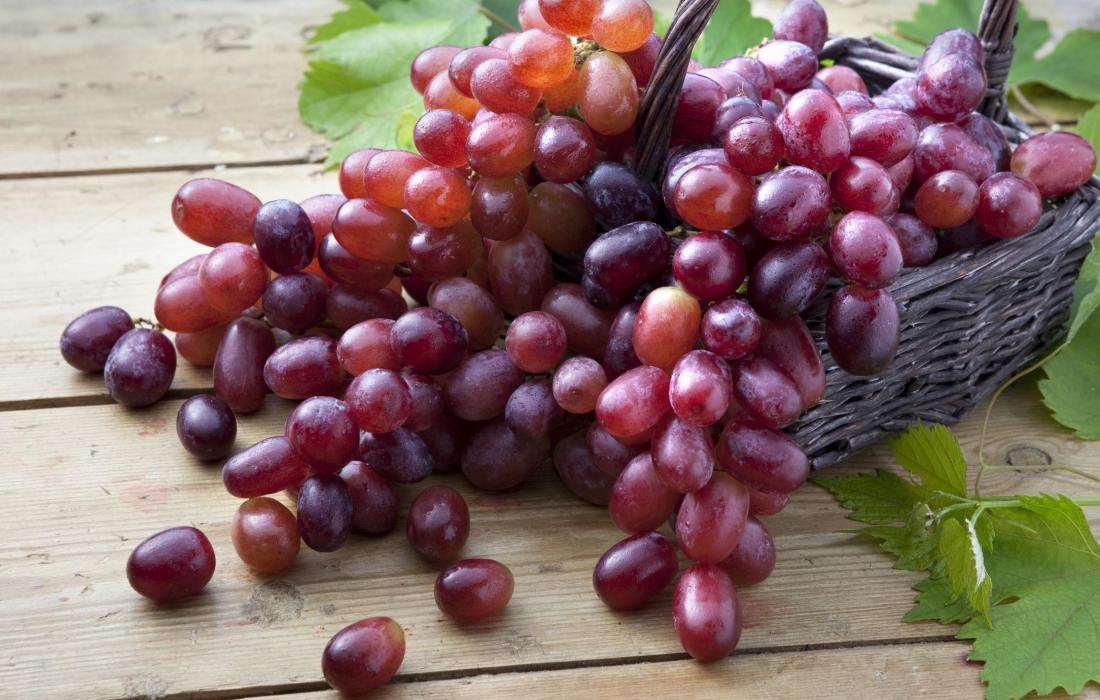Lung cancer: How a grape compound might help
