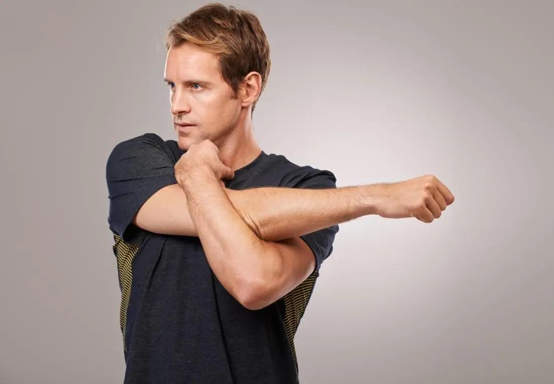 Gerakan peregangan otot bahu