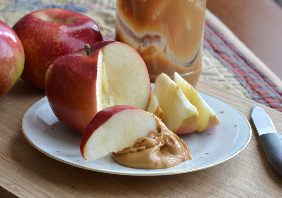 apple and peanut butter diabetic snacks before bed