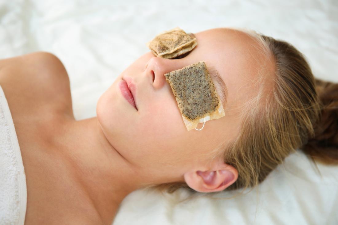 Saquinhos de chá para os olhos: Benefícios e como usar