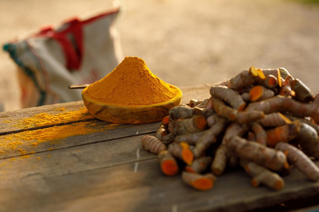 ground turmeric and turmeric