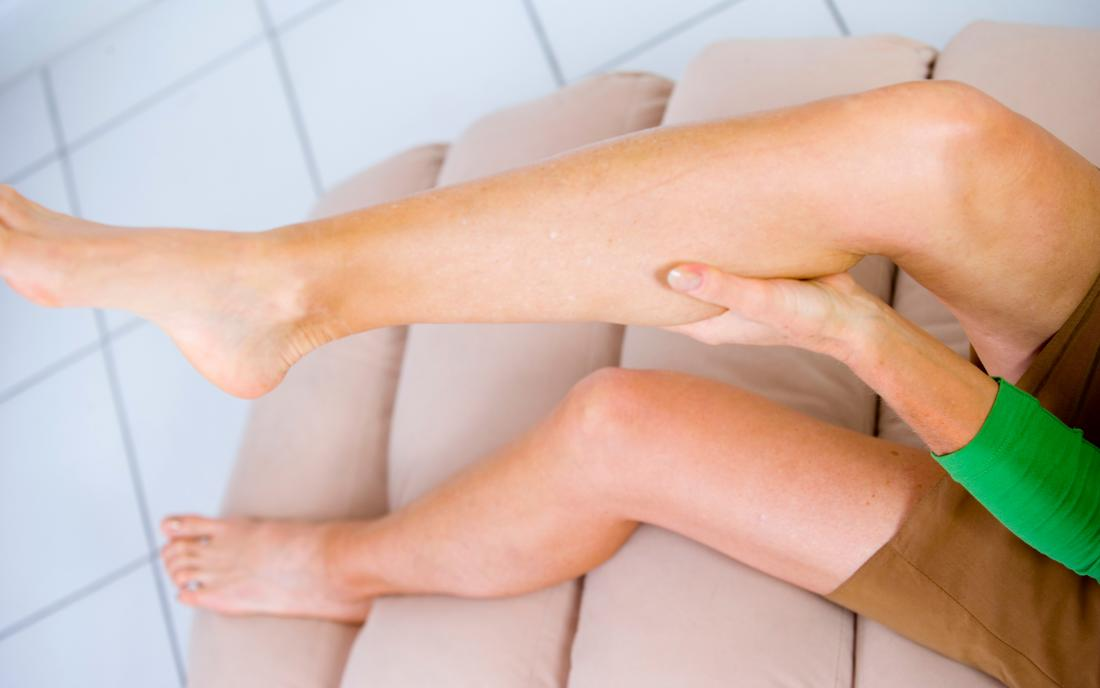 what causes calf muscle cramps