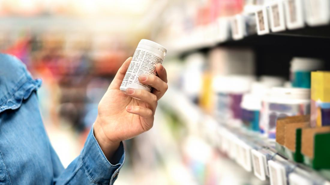 a woman shopping for supplements for COPD