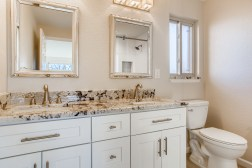 21 2nd Floor Master Bathroom.jpg