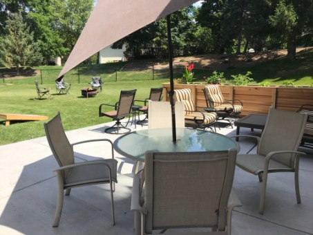 patio-planter.JPG