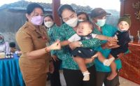 Ny. Candra Tamba Ajak Warga Ciptakan Lingkungan Keluarga Aman & Nyaman