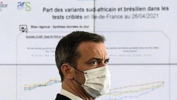 """Olivier Véran """"espère"""" la fin du port du masque pour cet été"""