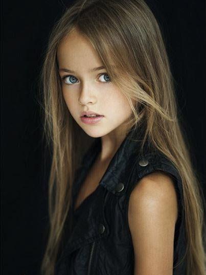 Jolie Fille De 13 Ans : jolie, fille, Société, Statut, Polémique., Belle, Enfant, Monde, Fille, Ancien, Footballeur, Lorrain