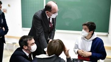 Blanquer estime que la réouverture des écoles est «indispensable»