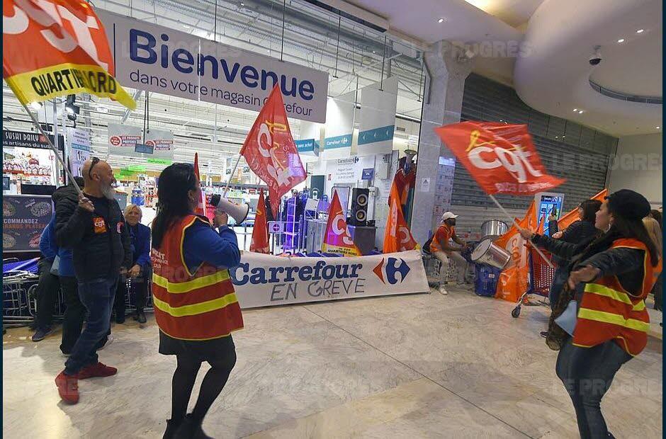 https://i0.wp.com/cdn-s-www.leprogres.fr/images/339479E1-659B-4C9B-AF81-8A552B89B474/LPR_v1_02/comme-ici-a-marseille-de-nombreux-magasins-carrefour-sont-bloques-par-les-grevistes-photo-afp-1522505839.jpg